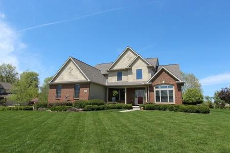 8402 Meadowmoore Blvd. Pickerington, OH 43147 - Listing by Sam Cooper