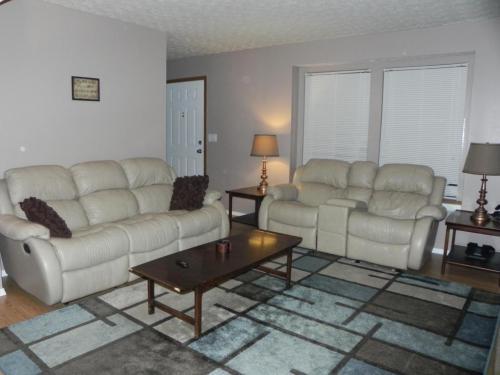 2985 Princeville Drive Pickerington, OH 43147 - Park Place in Pickerington